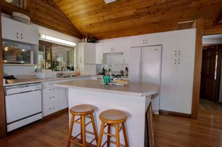 Photo 11: 7353 Kendean Road: Anglemont House for sale (North Shuswap)  : MLS®# 10239184