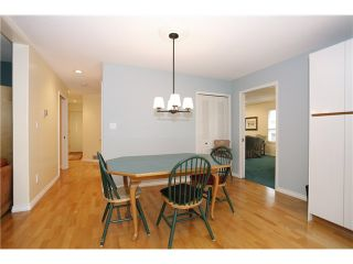 Photo 8: 7990 165A Street in Surrey: Fleetwood Tynehead House for sale : MLS®# F1437223