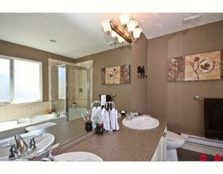 """Photo 7: 14518 59A Avenue in Surrey: Sullivan Station House for sale in """"SULLIVAN HEIGHTS II"""" : MLS®# F2907157"""