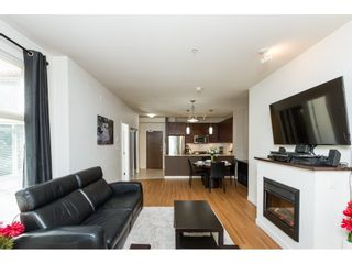 Photo 3: 101 101 MORRISSEY ROAD in Port Moody: Port Moody Centre Condo for sale : MLS®# R2113935