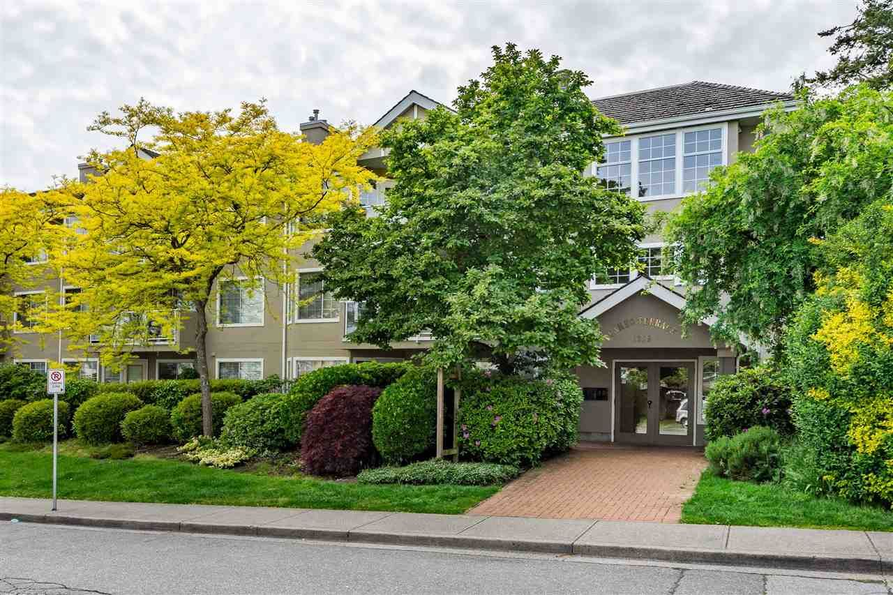 """Main Photo: 205 1369 GEORGE Street: White Rock Condo for sale in """"Cameo Terrace"""" (South Surrey White Rock)  : MLS®# R2458230"""