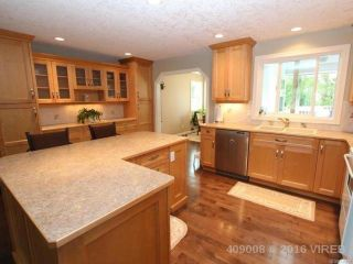 Photo 7: 1470 Dogwood Ave in COMOX: CV Comox (Town of) House for sale (Comox Valley)  : MLS®# 731808