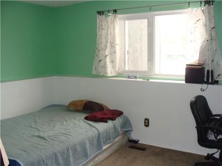 Photo 15: 956 MARPOLE Road NE in CALGARY: Marlborough Residential Detached Single Family for sale (Calgary)  : MLS®# C3595046