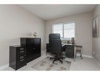 """Photo 15: 15 6036 164 Street in Surrey: Cloverdale BC Townhouse for sale in """"Arbour Village"""" (Cloverdale)  : MLS®# R2445991"""
