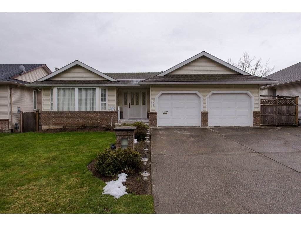 Main Photo: 2937 SOUTHERN Crescent in Abbotsford: Abbotsford West House for sale : MLS®# R2244498