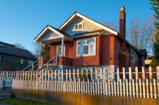 Photo 1: 3525 E GEORGIA Street in Vancouver: Renfrew VE House for sale (Vancouver East)  : MLS®# R2435328