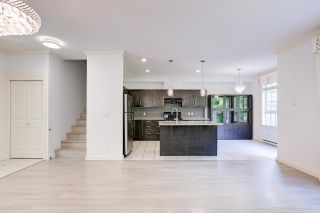 """Photo 5: 12 7171 STEVESTON Highway in Richmond: Broadmoor Townhouse for sale in """"Cassis"""" : MLS®# R2596628"""