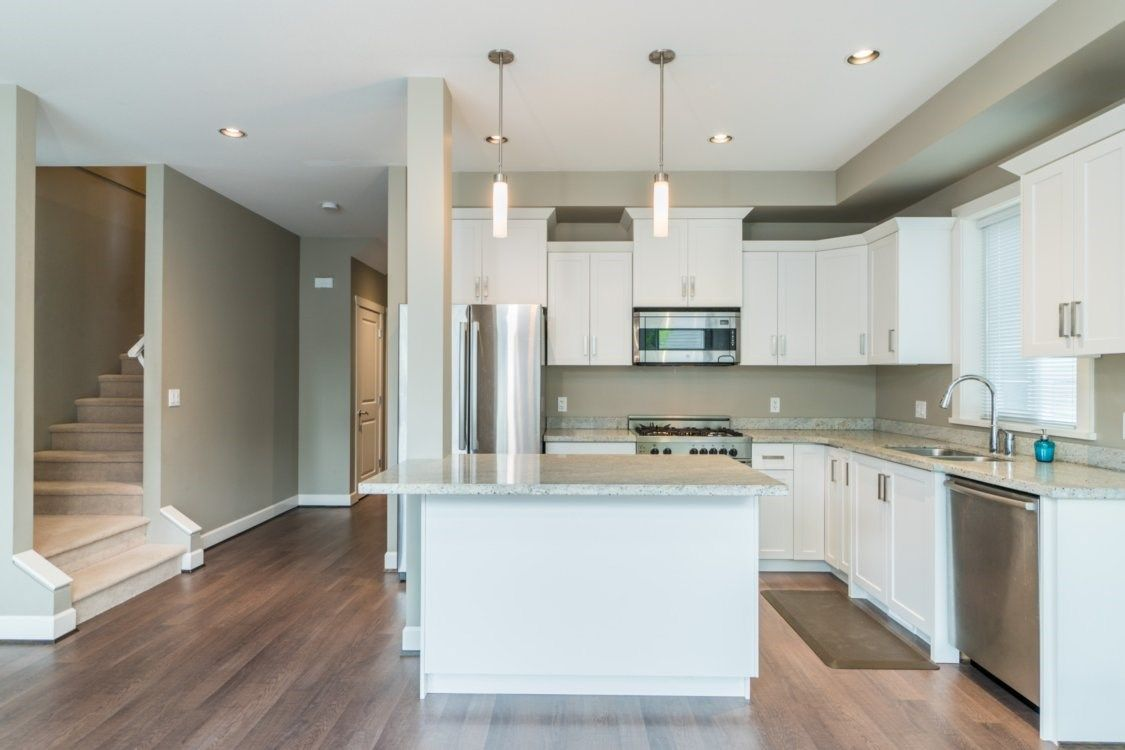 Photo 6: Photos: 21154 80 AVENUE in Langley: Willoughby Heights House for sale : MLS®# R2385259