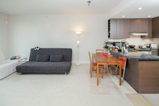"""Photo 5: PH2 3478 WESBROOK Mall in Vancouver: University VW Condo for sale in """"Spirit"""" (Vancouver West)  : MLS®# R2360430"""