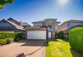 Photo 1: 9288 PAULESHIN Crescent in Richmond: Lackner House for sale : MLS®# R2394750