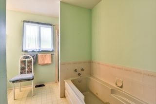 Photo 15: 9127 161A Street in Surrey: Fleetwood Tynehead House for sale : MLS®# R2188659