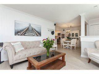 """Photo 4: 513 34909 OLD YALE Road in Abbotsford: Abbotsford East Condo for sale in """"The Gardens"""" : MLS®# R2486024"""