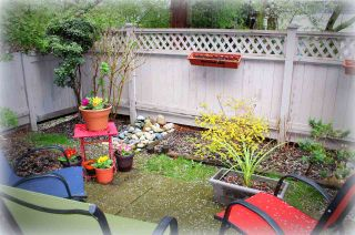"""Photo 12: 2 4749 54A Street in Delta: Delta Manor Townhouse for sale in """"ADLINGTON"""" (Ladner)  : MLS®# R2044631"""