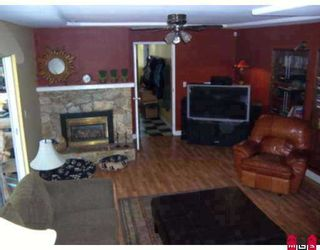 Photo 5: 18065 63RD Avenue in Surrey: Cloverdale BC House for sale (Cloverdale)  : MLS®# F2724801