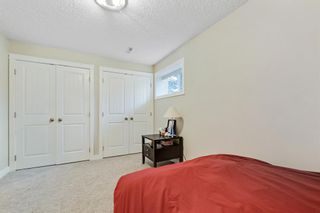Photo 34: 32 Sierra Morena Way SW in Calgary: Signal Hill Semi Detached for sale : MLS®# A1091813