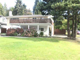 "Photo 3: 10456 MAIN Street in Delta: Nordel House for sale in ""BURNSVIEW/SUNBURY"" (N. Delta)  : MLS®# R2401792"