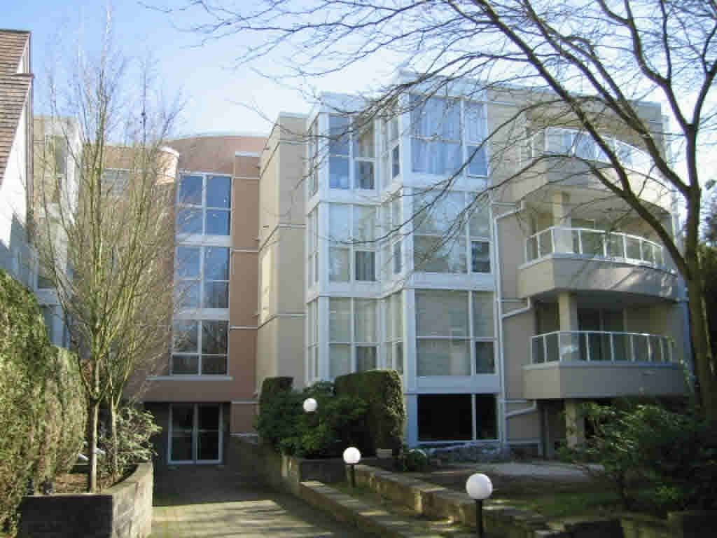 Main Photo: #308 - 7168 Oak St, in Vancouver: South Cambie Condo for sale (Vancouver West)  : MLS®# V888264