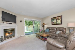 """Photo 3: 124 12163 68 Avenue in Surrey: West Newton Townhouse for sale in """"Cougar Creek Estates"""" : MLS®# R2569487"""