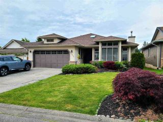 Photo 1: 22989 124B Avenue in Maple Ridge: East Central House for sale : MLS®# R2586033