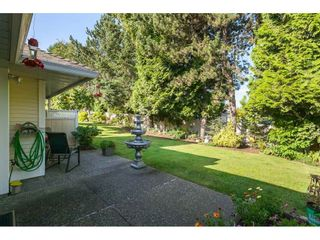 "Photo 36: 29 8737 212 Street in Langley: Walnut Grove Townhouse for sale in ""Chartwell Green"" : MLS®# R2482959"