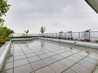 """Photo 15: 807 258 NELSON'S Court in New Westminster: Sapperton Condo for sale in """"THE COLUMBIA"""" : MLS®# R2575801"""