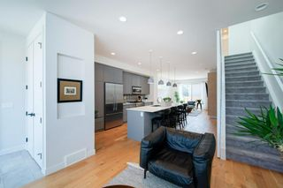 Photo 6: 5404 21 Street SW in Calgary: North Glenmore Park Row/Townhouse for sale : MLS®# A1127304