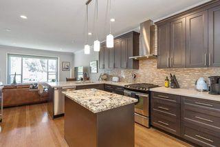 Photo 9: 3327 PLATEAU BOULEVARD in Coquitlam: Westwood Plateau 1/2 Duplex for sale : MLS®# R2583785