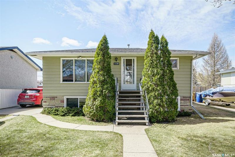 FEATURED LISTING: 1129 L Avenue North Saskatoon