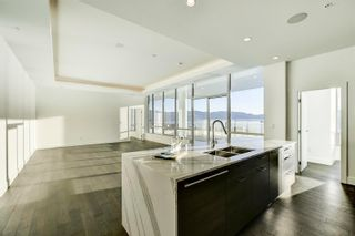 Photo 9: #3302 1191 Sunset Drive, in Kelowna, BC: Condo for sale : MLS®# 10241272