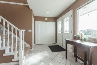 Photo 4: 8278 MCINTYRE Street in Mission: Mission BC House for sale : MLS®# R2448056