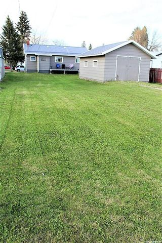 Photo 12: 417 Burrows Avenue West in Melfort: Residential for sale : MLS®# SK856538