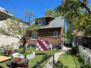 Photo 4: 298 Pritchard Avenue in Winnipeg: North End Residential for sale (4A)  : MLS®# 202113021