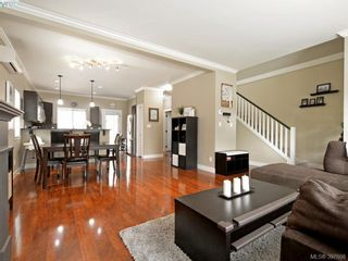 Photo 3: 1284 Parkdale Creek Gdns in VICTORIA: La Westhills House for sale (Langford)  : MLS®# 795585