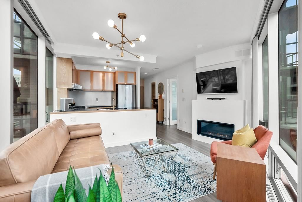 """Main Photo: 402 1003 BURNABY Street in Vancouver: West End VW Condo for sale in """"MILANO"""" (Vancouver West)  : MLS®# R2580390"""