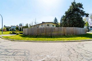 Photo 38: 1955 CATALINA Crescent in Abbotsford: Central Abbotsford House for sale : MLS®# R2569371