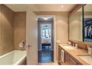"""Photo 12: 3805 833 SEYMOUR Street in Vancouver: Downtown VW Condo for sale in """"CAPITOL RESIDENCES"""" (Vancouver West)  : MLS®# V1122249"""