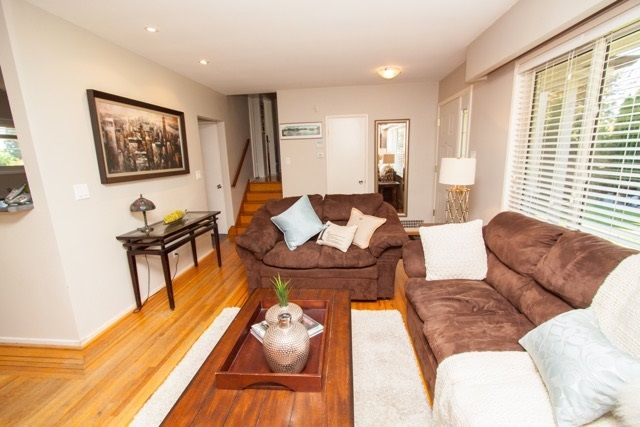 "Photo 7: Photos: 953 DRAYTON Street in North Vancouver: Calverhall House for sale in ""CALVERHALL"" : MLS®# R2112322"