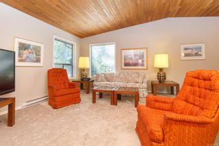 Photo 4: 9591 Waxwing Pl in Sidney: Si Sidney South-West House for sale : MLS®# 855583