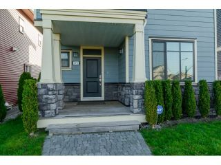"Photo 2: 6972 192ND Street in Surrey: Clayton House for sale in ""CLAYTON"" (Cloverdale)  : MLS®# R2004784"