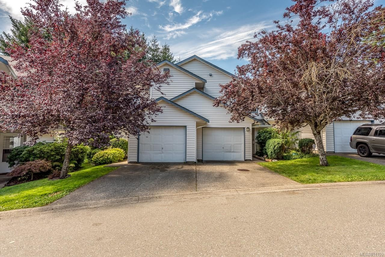 Main Photo: 5 2355 Valley View Dr in : CV Courtenay East Row/Townhouse for sale (Comox Valley)  : MLS®# 851159