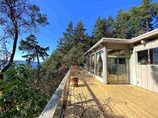 Photo 3: 355 TRINCOMALI Drive: Galiano Island House for sale (Islands-Van. & Gulf)  : MLS®# R2559208