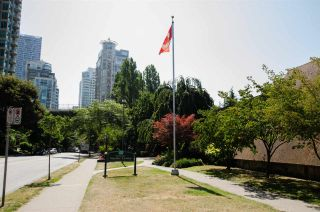 """Photo 25: 109 1080 PACIFIC Street in Vancouver: West End VW Condo for sale in """"THE CALIFORNIAN"""" (Vancouver West)  : MLS®# R2541335"""