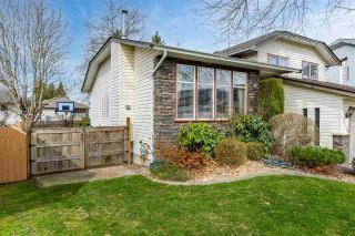 """Photo 1: 3115 CASSIAR Avenue in Abbotsford: Abbotsford East House for sale in """"MCMILLAN"""" : MLS®# R2558465"""