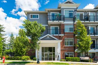 Photo 2: 301 6480 195A STREET in Surrey: Clayton Condo for sale (Cloverdale)  : MLS®# R2480232