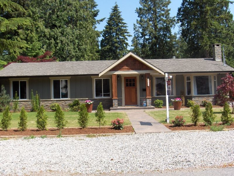Main Photo: 20319 42 A Avenue in Langley: House for sale : MLS®# F2911191