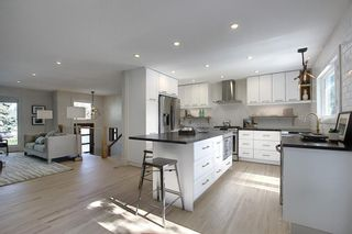 Photo 12: 615 WILLOWBURN Crescent SE in Calgary: Willow Park Detached for sale : MLS®# C4303680