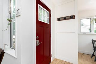 Photo 16: 161 Parkview Street in Winnipeg: Bruce Park Residential for sale (5E)  : MLS®# 202120150