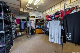 Photo 19: 216 Southshore Drive in Emma Lake: Commercial for sale : MLS®# SK865422