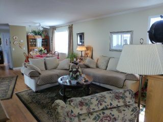 """Photo 4: 187 3665 244 Street in Langley: Otter District Manufactured Home for sale in """"LANGLEY GROVE ESTATES"""" : MLS®# R2197599"""