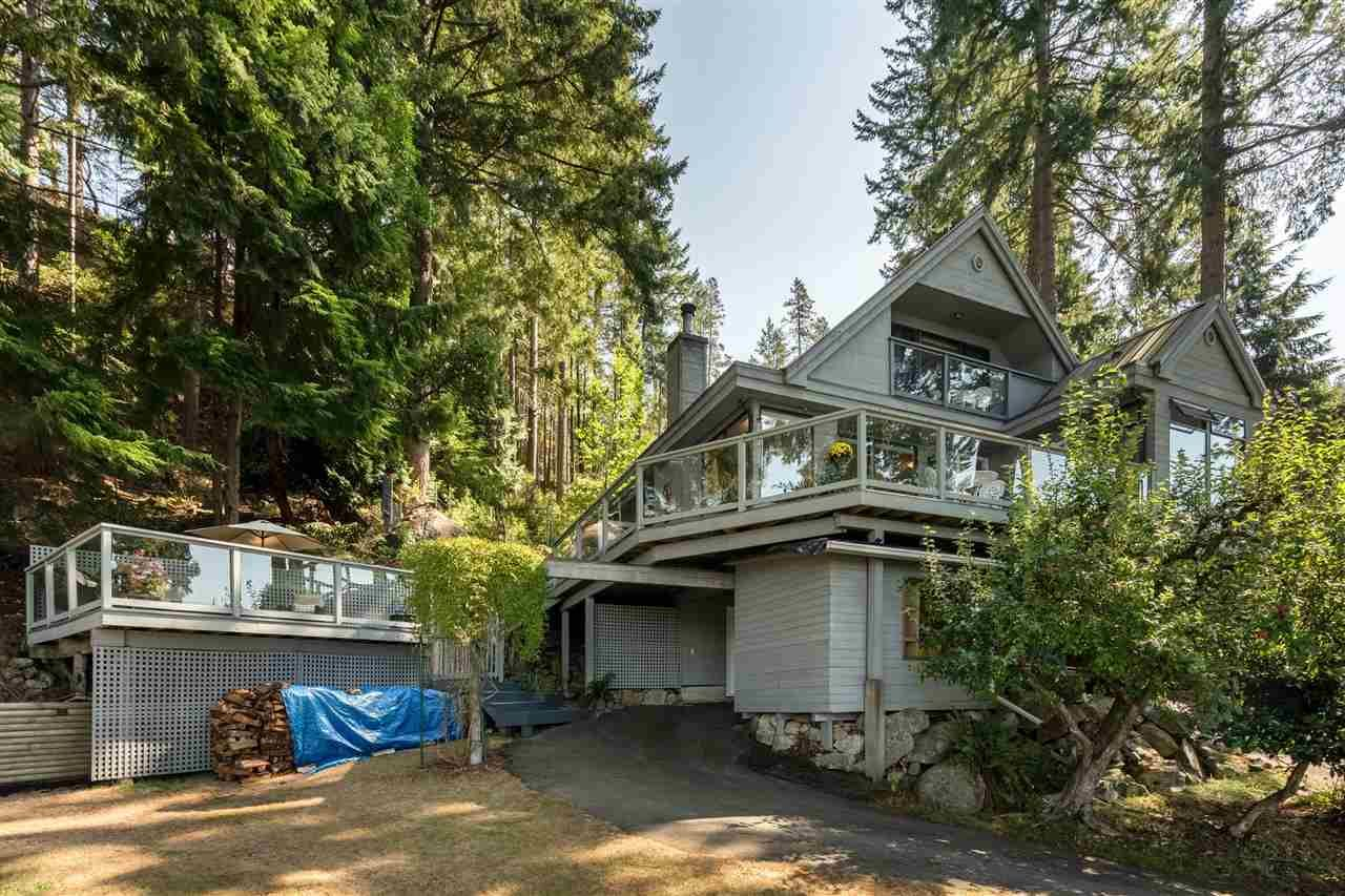 Main Photo: 987 PRIVATEER ROAD in : Bowen Island House for sale : MLS®# R2301061